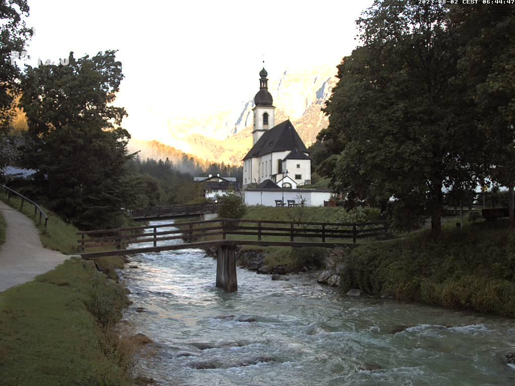 Webcam Skigebied Ramsau - Hochschwarzeck Kirche - Alpen Oberbayern